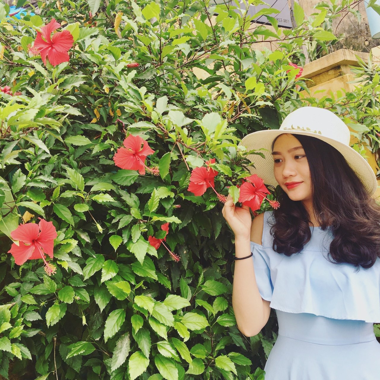 Pham Thi My Linh 5